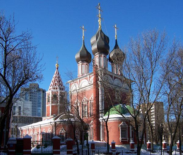 Храм Ризоположения в Москве на Донской улице